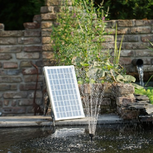 SolarMax 2500 Springbrunnenpumpe mit Solarpaneel