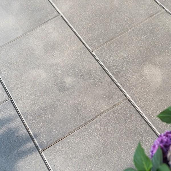 Terrassenplatte Rustica grau schwarz 60x40x4 cm Beispiel 2