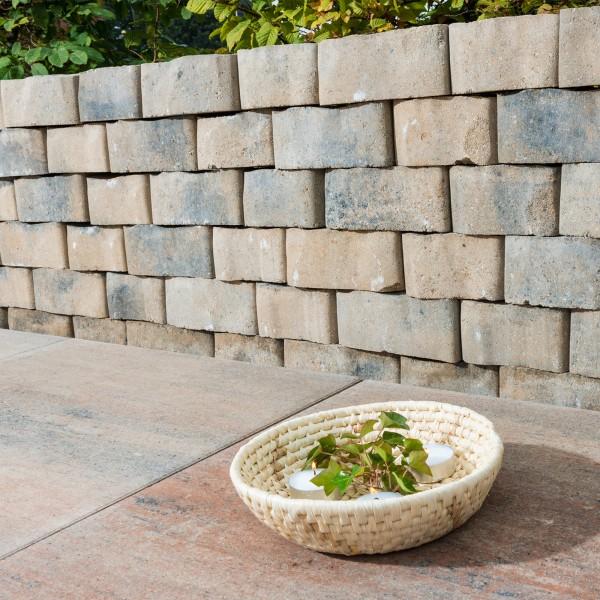 Mauerstein Floro 25x18x14x10 cm muschelkalk