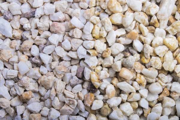 Lachs Splitt 8 - 11 mm trockener und nasser Zustand