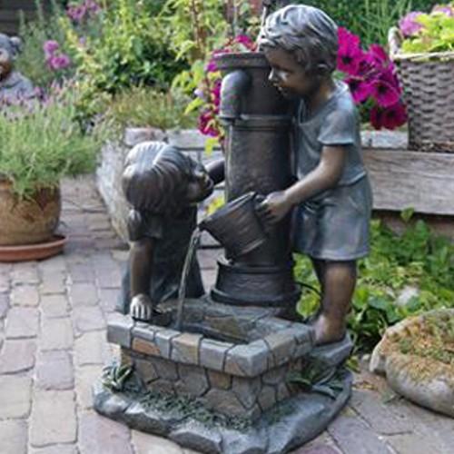 Wasserspiel Atlanta - Kinder am Brunnen - Terrassenbrunnen