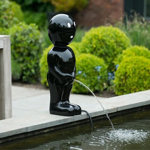 Wasserspiel Boy 67 cm schwarz Männeken Pis
