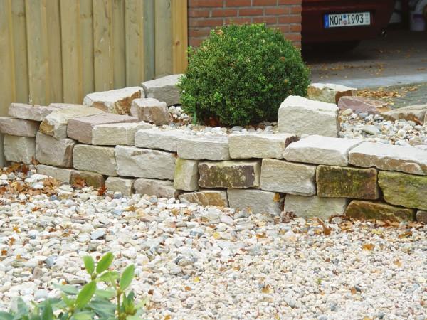 Knacker 10-20x15-20x25-50 cm gelb braun Sandstein